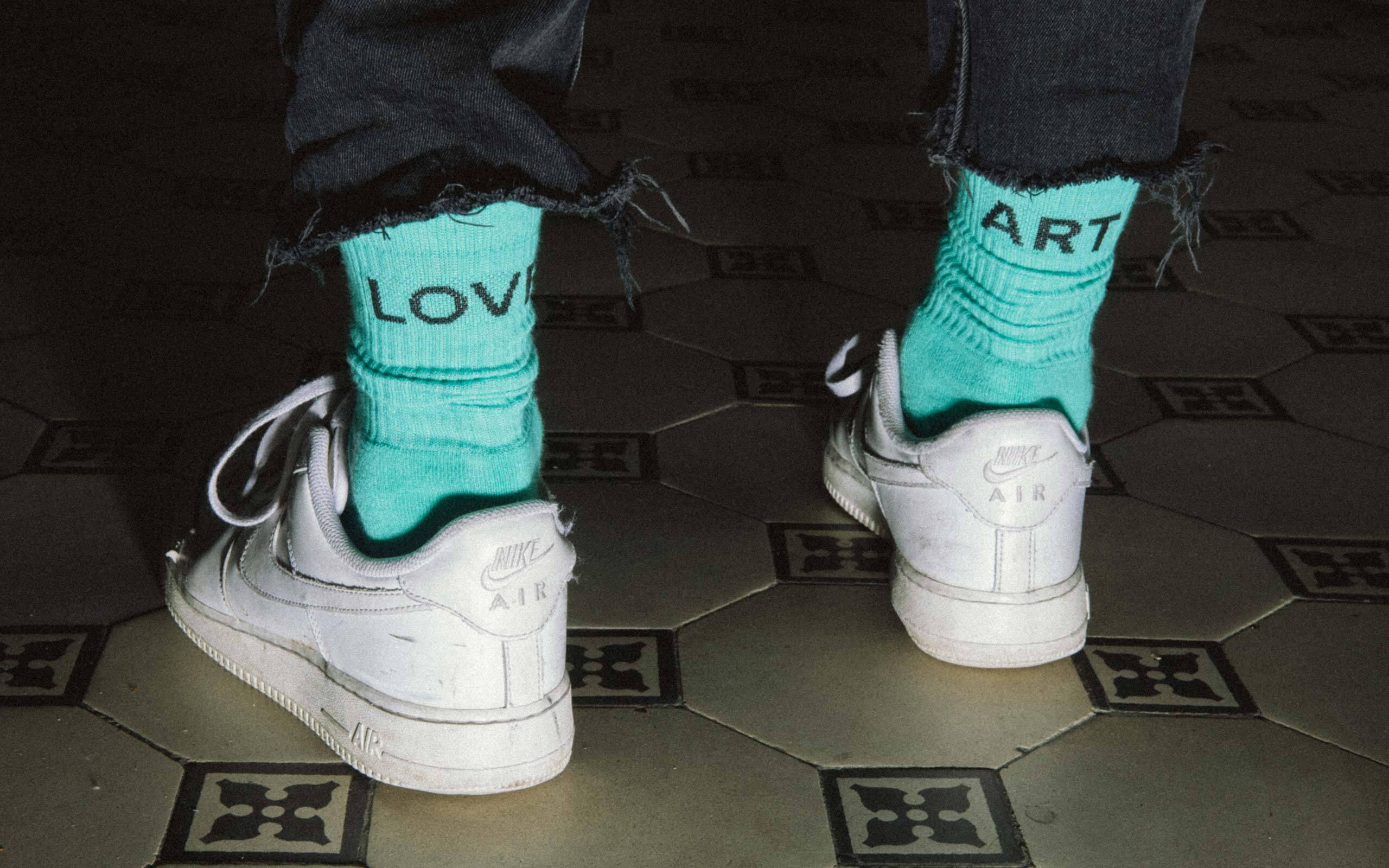 02 Love Art Socks