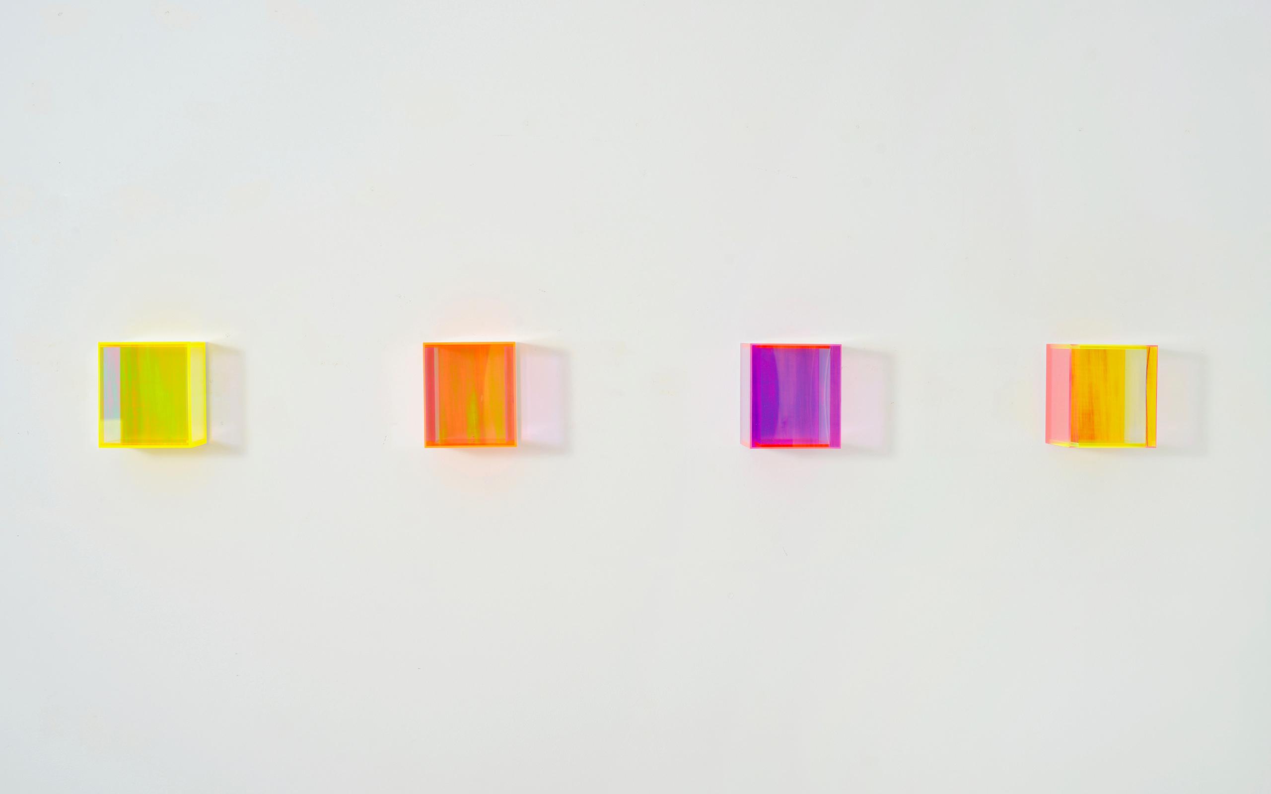 01 Regine Schumann Colormirror Rainbow Full Series 2020