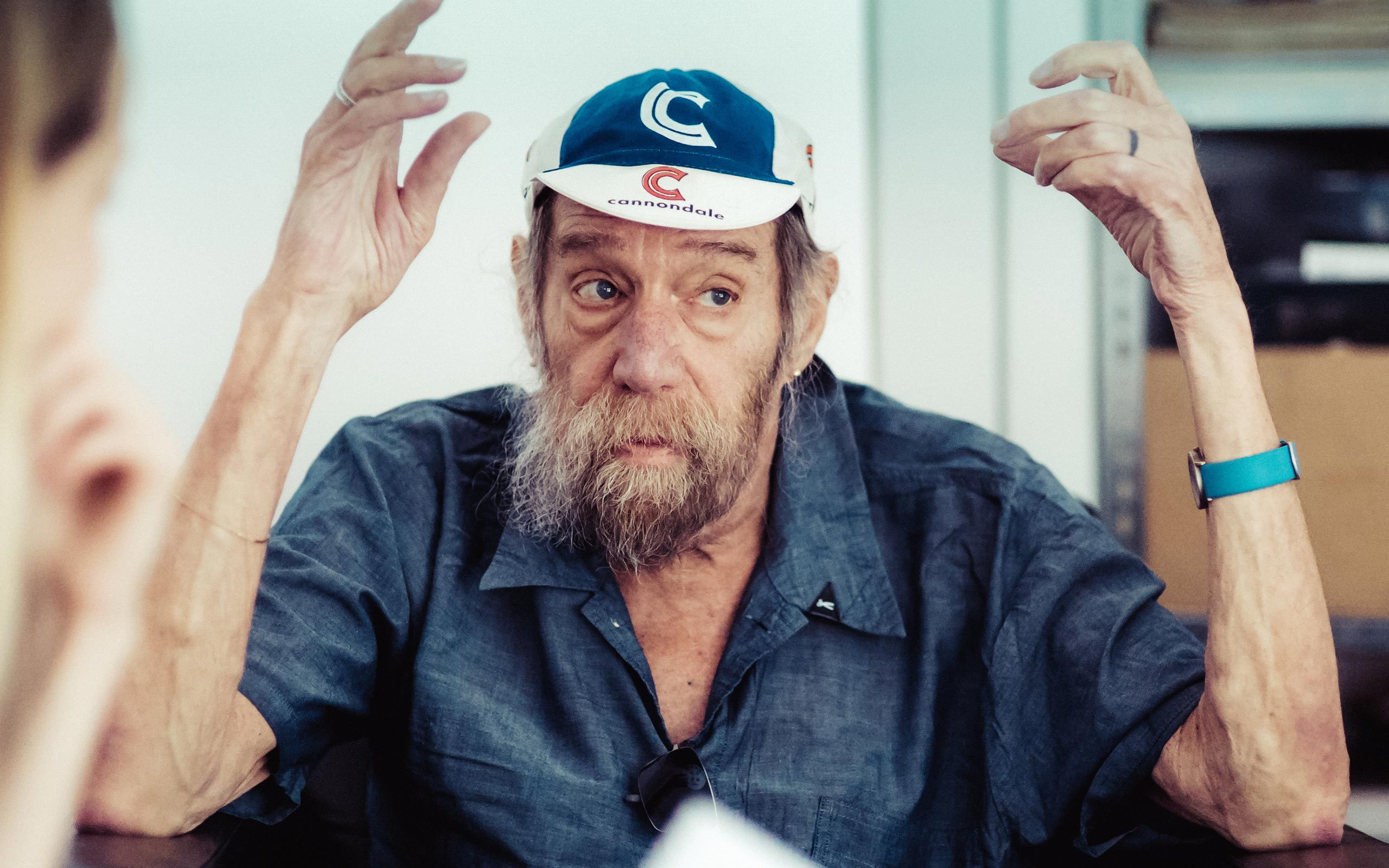 05 Lawrence Weiner