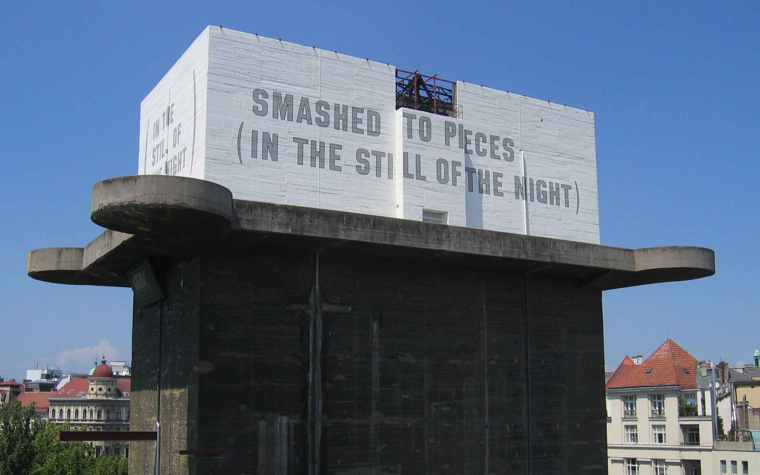 12 Lawrence Weiner